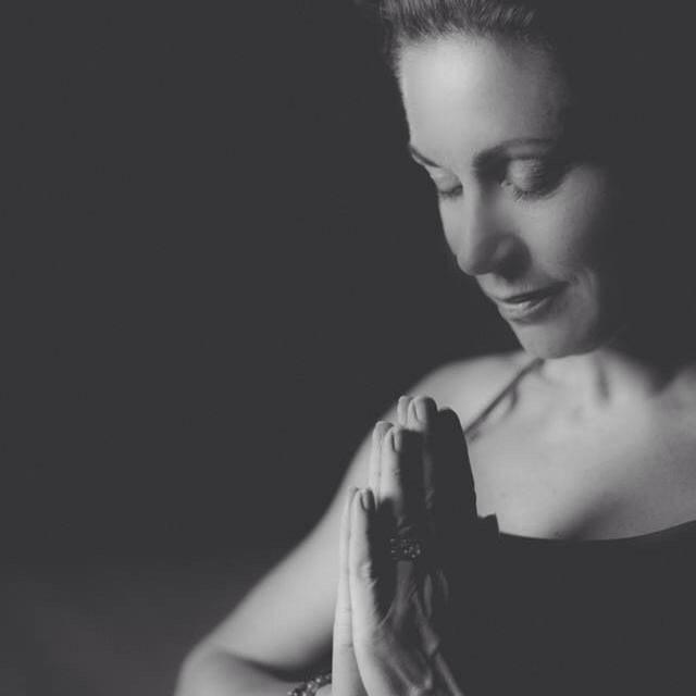 yoga online med Malin
